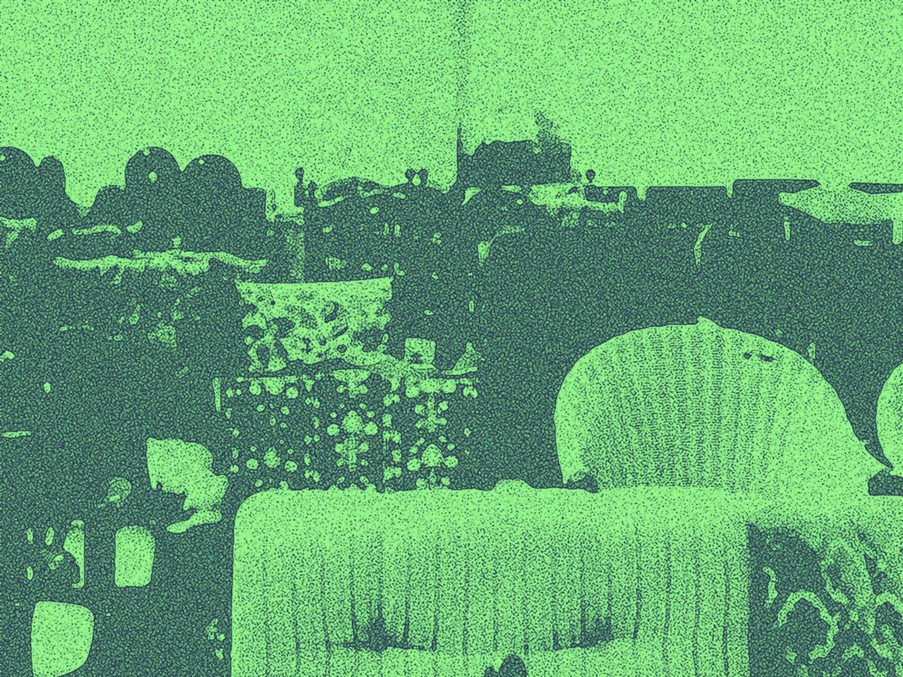 Sessel in einer Möbelhalle