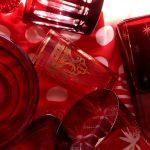 gefäße aus glas rot styling