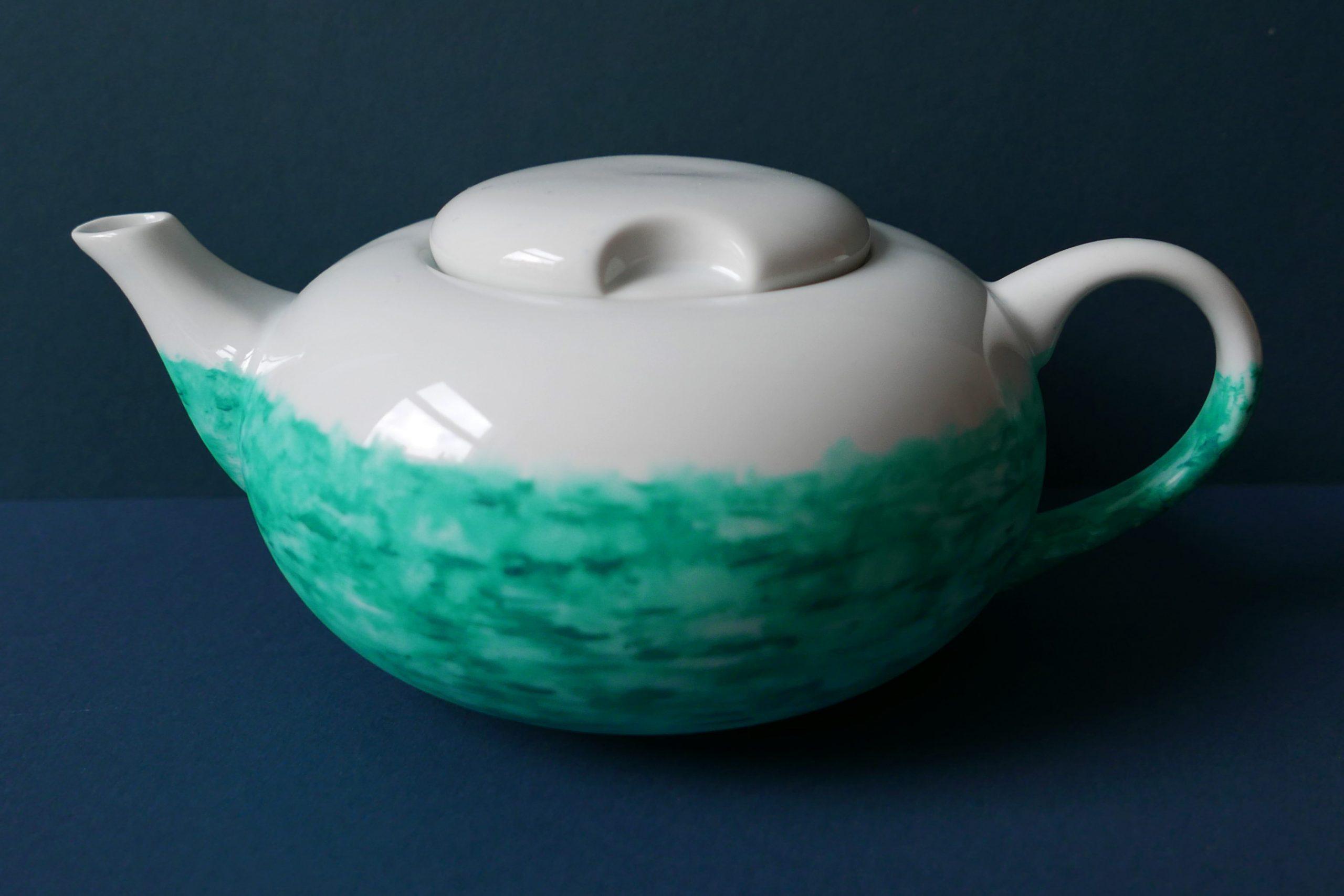 victim pot pfefferminztee weiß grüne Teekanne