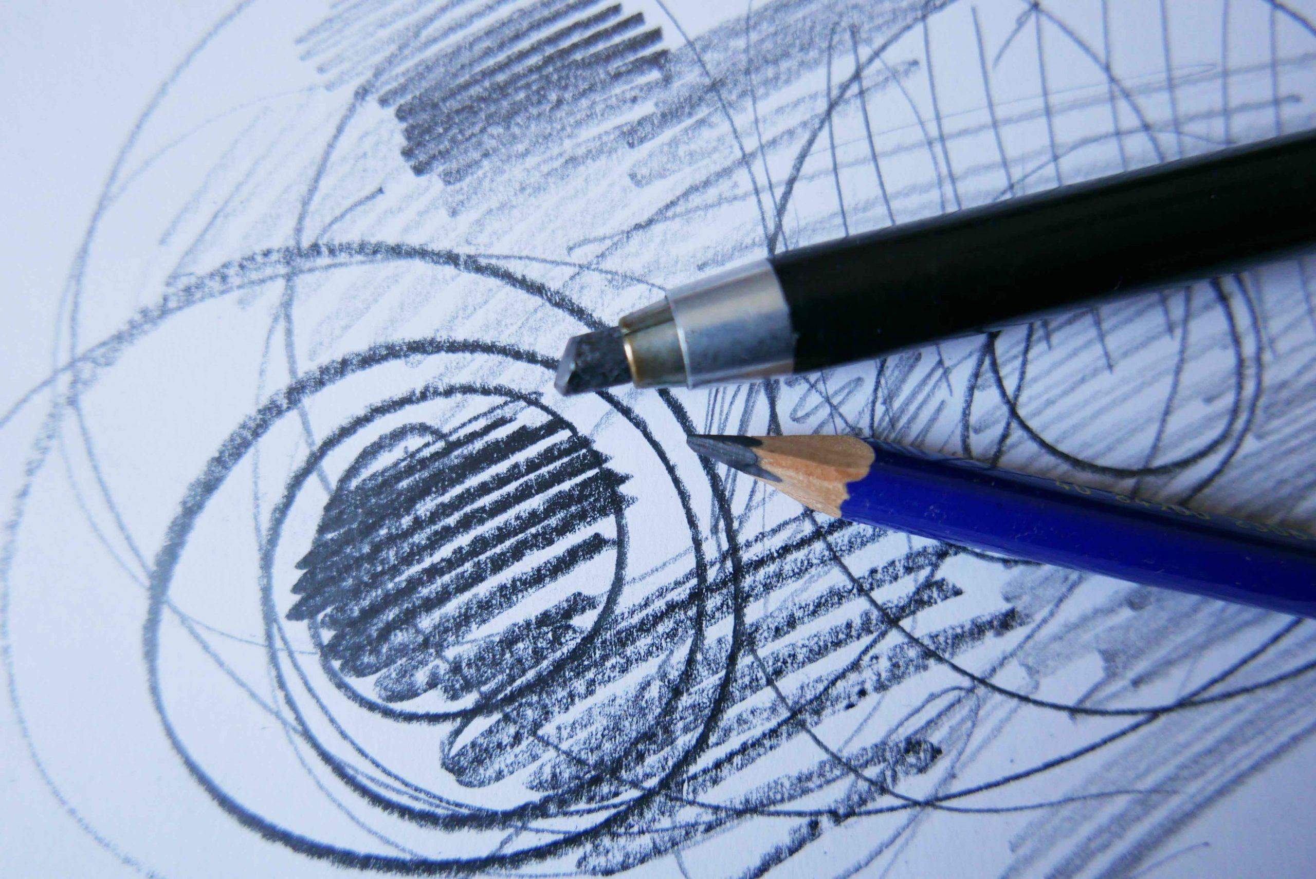 Graphitminen Halter Bleistift und eine Skizze