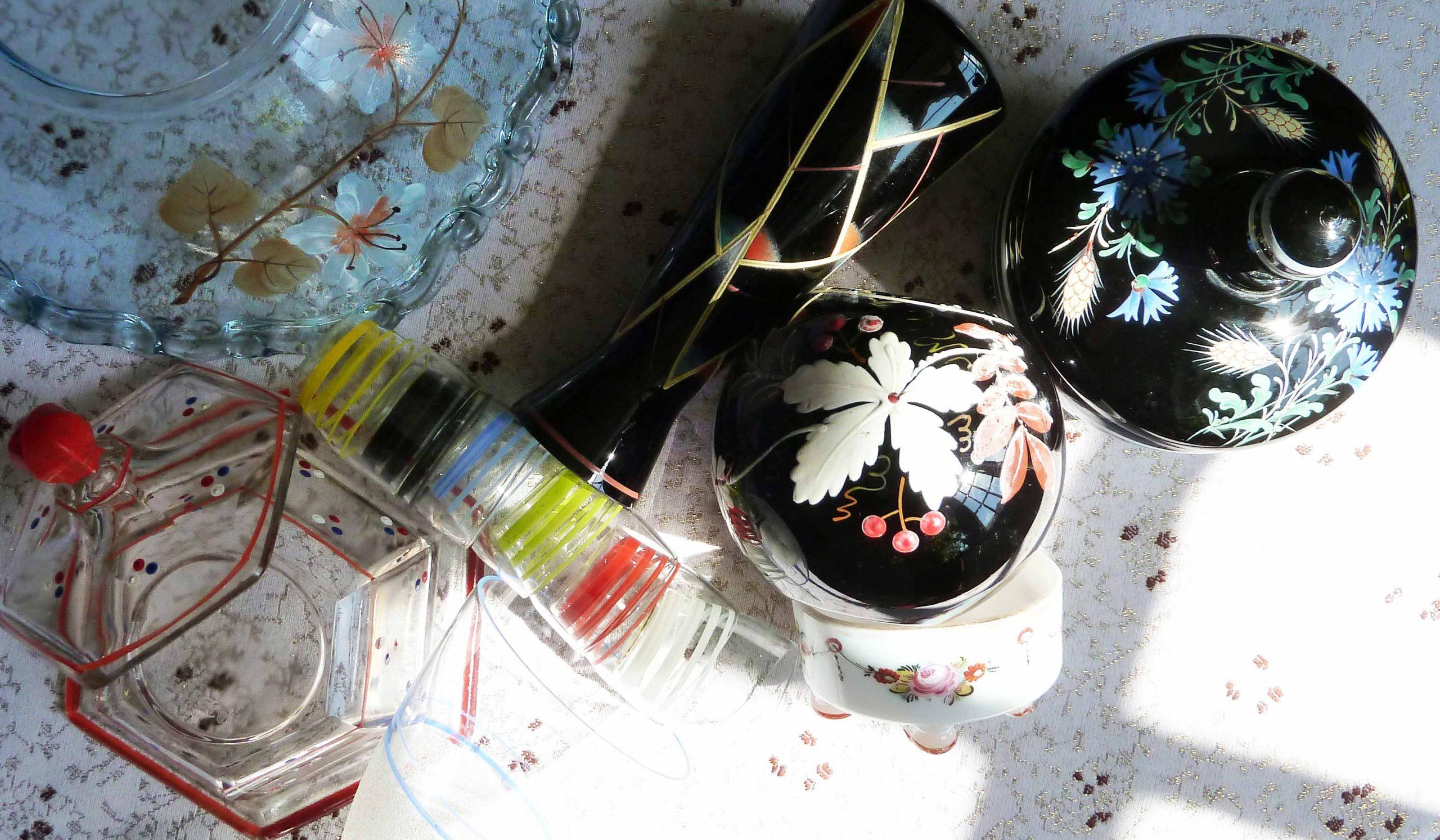 morris slow design bemaltes glas floral