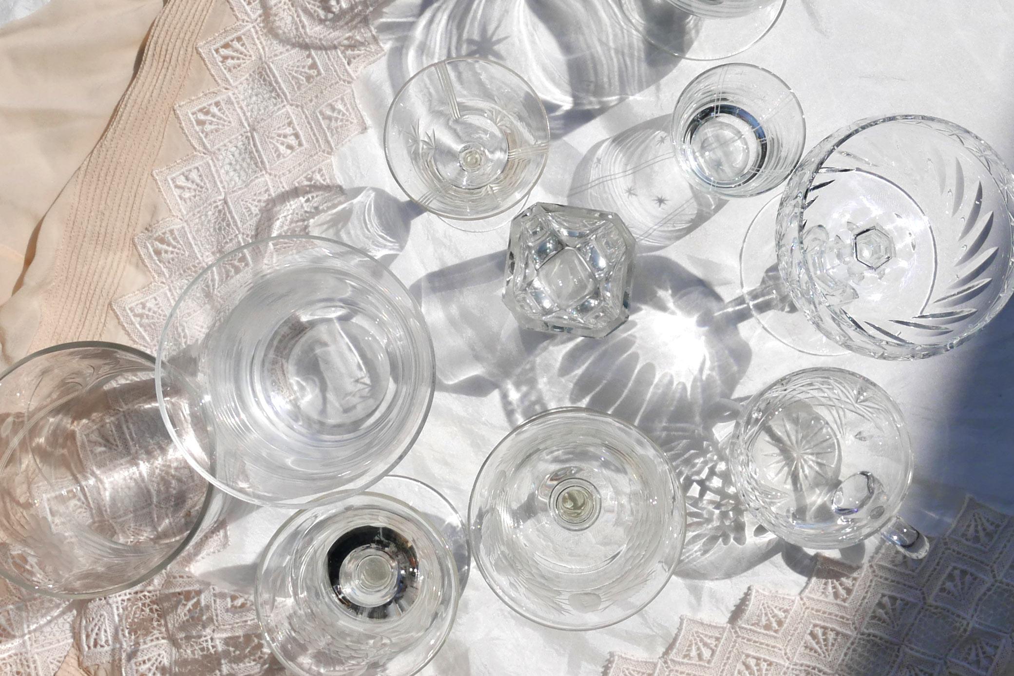 Kristall Gefäße von oben Licht und Klarheit
