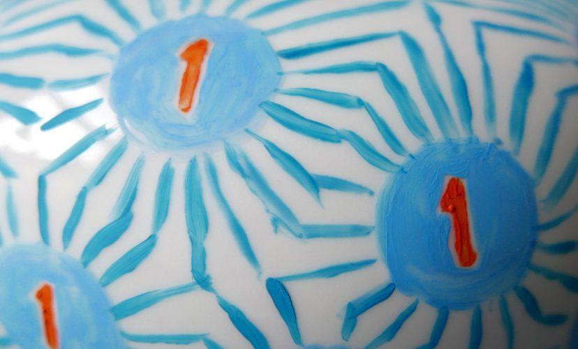 Farbgestaltung Teekanne Victim Pot Nr. 16 zum ersten Geburtstag