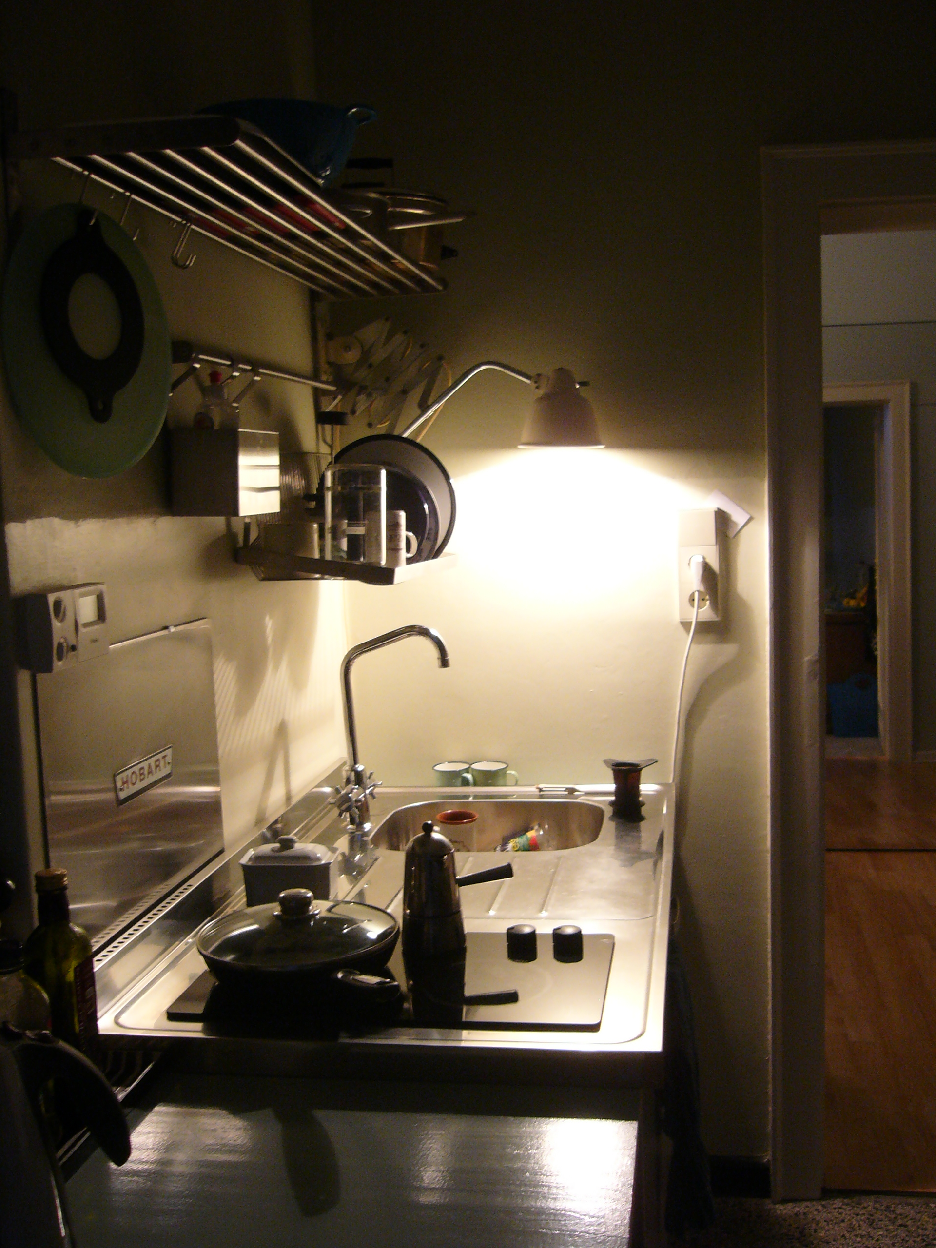 Küchenphilosophie oder was in einer modernen Küche fehlen darf IKEA Singleküche Attityd
