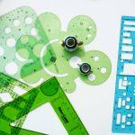 Kleinigkeiten und Maßstäbe kleine Puppenstubengefäße und Architekturschablonen