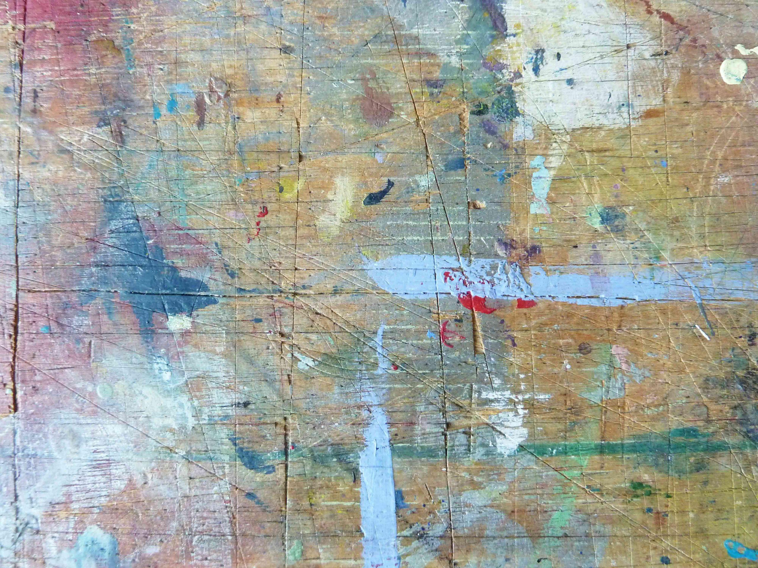 Ein Traum vom Sauraum Arbeitstisch im Atelier, Farbspuren auf der Holzplatte