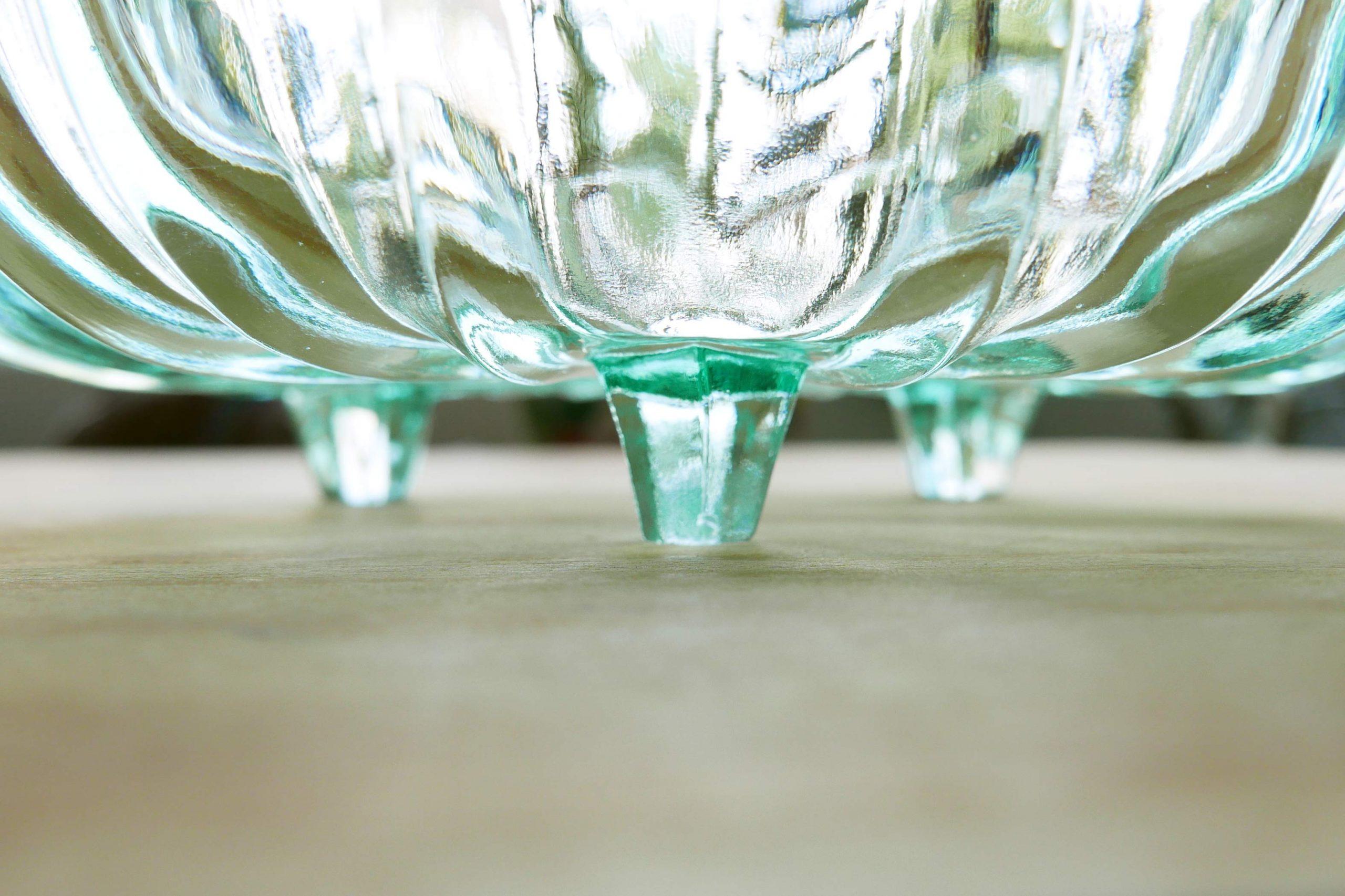 Grüne Kompottschale Pressglas mit Füßchen